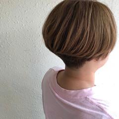 ショート ショートボブ ナチュラル 刈り上げ女子 ヘアスタイルや髪型の写真・画像