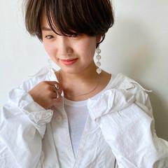 小顔ショート アンニュイ ショート ナチュラル ヘアスタイルや髪型の写真・画像