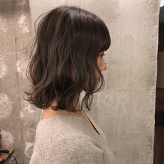 ヘアアレンジ デート ロブ ナチュラル ヘアスタイルや髪型の写真・画像