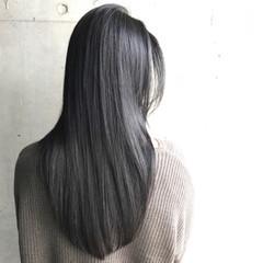 ナチュラル ストレート 黒髪 グレー ヘアスタイルや髪型の写真・画像