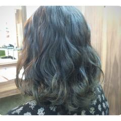 簡単ヘアアレンジ グラデーションカラー 大人かわいい フェミニン ヘアスタイルや髪型の写真・画像
