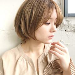 ミルクティーブラウン オフィス 大人かわいい ショート ヘアスタイルや髪型の写真・画像