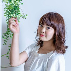 ヘアアレンジ デート マロンピンク パーマ ヘアスタイルや髪型の写真・画像