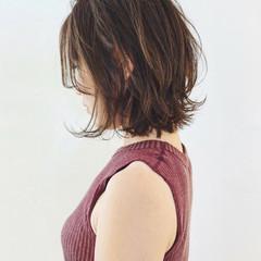 ナチュラル レイヤーカット ウルフカット レイヤーボブ ヘアスタイルや髪型の写真・画像