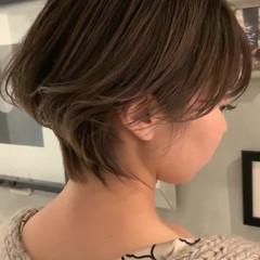 ショートヘア ハンサムショート ナチュラル ショート ヘアスタイルや髪型の写真・画像