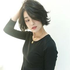 外国人風 ボブ ショート 黒髪 ヘアスタイルや髪型の写真・画像