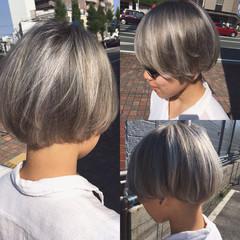 ハイライト ショート モード シルバー ヘアスタイルや髪型の写真・画像