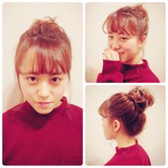 ミディアム お団子 簡単ヘアアレンジ フェミニン ヘアスタイルや髪型の写真・画像