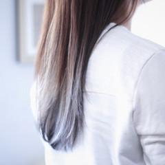 ラベンダーグレージュ ホワイトグレージュ アッシュグレージュ ナチュラル ヘアスタイルや髪型の写真・画像