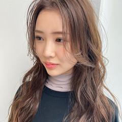 フェミニン ロング 韓国風ヘアー 外ハネ ヘアスタイルや髪型の写真・画像