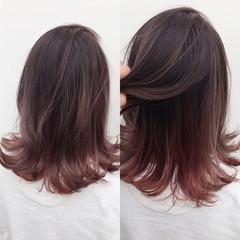 ミディアム インナーカラー ハイライト ピンク ヘアスタイルや髪型の写真・画像