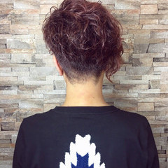 ラベンダーピンク アシメバング モード ピンク ヘアスタイルや髪型の写真・画像