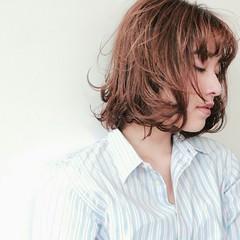 オフィス ナチュラル 大人かわいい アッシュ ヘアスタイルや髪型の写真・画像
