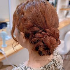 お団子アレンジ ガーリー 簡単ヘアアレンジ セミロング ヘアスタイルや髪型の写真・画像