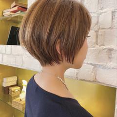 ハイトーン ショート 大人かわいい ショートボブ ヘアスタイルや髪型の写真・画像