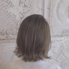 ナチュラル セミロング ナチュラルグラデーション 大人ハイライト ヘアスタイルや髪型の写真・画像