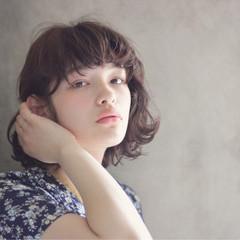 パーマ 大人かわいい アッシュ ボブ ヘアスタイルや髪型の写真・画像