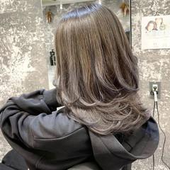 ストリート ミディアムレイヤー ママ 外国人風カラー ヘアスタイルや髪型の写真・画像