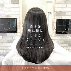 グレージュ セミロング 縮毛矯正 髪質改善 ヘアスタイルや髪型の写真・画像