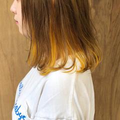 ボブ インナーカラー ガーリー 外ハネボブ ヘアスタイルや髪型の写真・画像