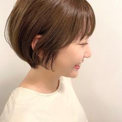 ショートボブ デート ナチュラル ショートヘア ヘアスタイルや髪型の写真・画像