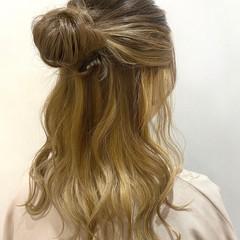 簡単ヘアアレンジ セルフヘアアレンジ ヘアアレンジ ガーリー ヘアスタイルや髪型の写真・画像