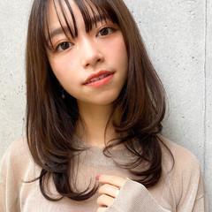 レイヤースタイル ゆるふわパーマ ナチュラル デジタルパーマ ヘアスタイルや髪型の写真・画像