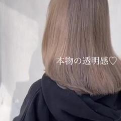 極細ハイライト 大人ハイライト ナチュラル セミロング ヘアスタイルや髪型の写真・画像