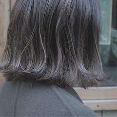 冬 切りっぱなし ボブ ナチュラル ヘアスタイルや髪型の写真・画像