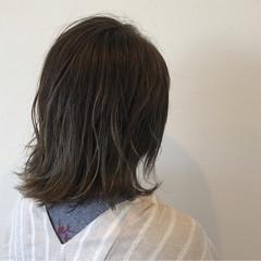 イルミナカラー ストリート デート ハイライト ヘアスタイルや髪型の写真・画像