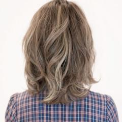ブラウン 黒髪 ミディアム メンズ ヘアスタイルや髪型の写真・画像