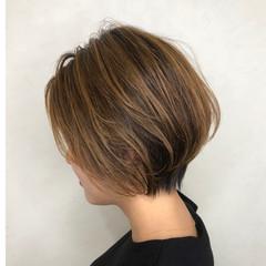 ベージュ ショート ストリート ショートボブ ヘアスタイルや髪型の写真・画像