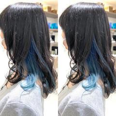 インナーブルー インナーカラー インナーカラーグレージュ ブルー ヘアスタイルや髪型の写真・画像