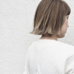 ボブ 外ハネ ナチュラル グラデーションカラー ヘアスタイルや髪型の写真・画像