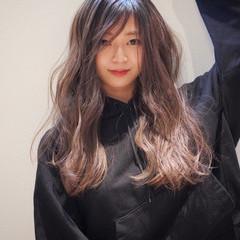 ハイライト ロング 大人ハイライト コントラストハイライト ヘアスタイルや髪型の写真・画像