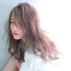 ロング うざバング おフェロ フェミニン ヘアスタイルや髪型の写真・画像
