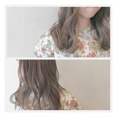 グレージュ ウェーブ アンニュイ デート ヘアスタイルや髪型の写真・画像