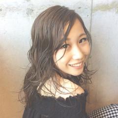 ミディアム ピュア パーマ 大人かわいい ヘアスタイルや髪型の写真・画像