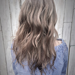ブリーチ アッシュ ダブルカラー グレージュ ヘアスタイルや髪型の写真・画像