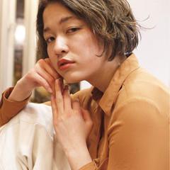 秋 フェミニン ナチュラル 外国人風 ヘアスタイルや髪型の写真・画像