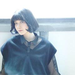 タンバルモリ シースルーバング ナチュラル ボブ ヘアスタイルや髪型の写真・画像