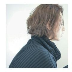 小顔 ボブ ミルクティー 外国人風 ヘアスタイルや髪型の写真・画像