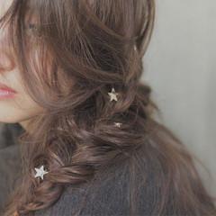 大人女子 ヘアアレンジ くせ毛風 冬 ヘアスタイルや髪型の写真・画像