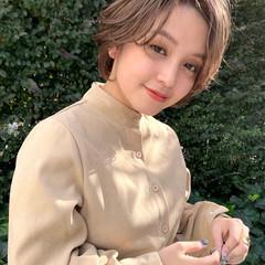 ミルクティーベージュ 透明感カラー ハイトーンカラー ナチュラル ヘアスタイルや髪型の写真・画像