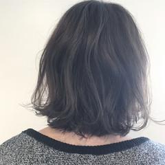 ナチュラル ハイライト デート 外ハネ ヘアスタイルや髪型の写真・画像