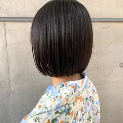 簡単スタイリング まとまるボブ 切りっぱなしボブ ミニボブ ヘアスタイルや髪型の写真・画像