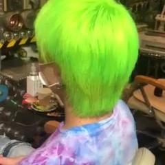 ウルフカット ショートヘア ショート ストリート ヘアスタイルや髪型の写真・画像