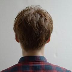 マッシュ ナチュラル メンズ ボーイッシュ ヘアスタイルや髪型の写真・画像