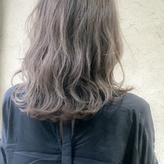 ナチュラル グレージュ 大人女子 小顔 ヘアスタイルや髪型の写真・画像