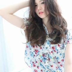 外国人風 ルーズ ロング ラフ ヘアスタイルや髪型の写真・画像